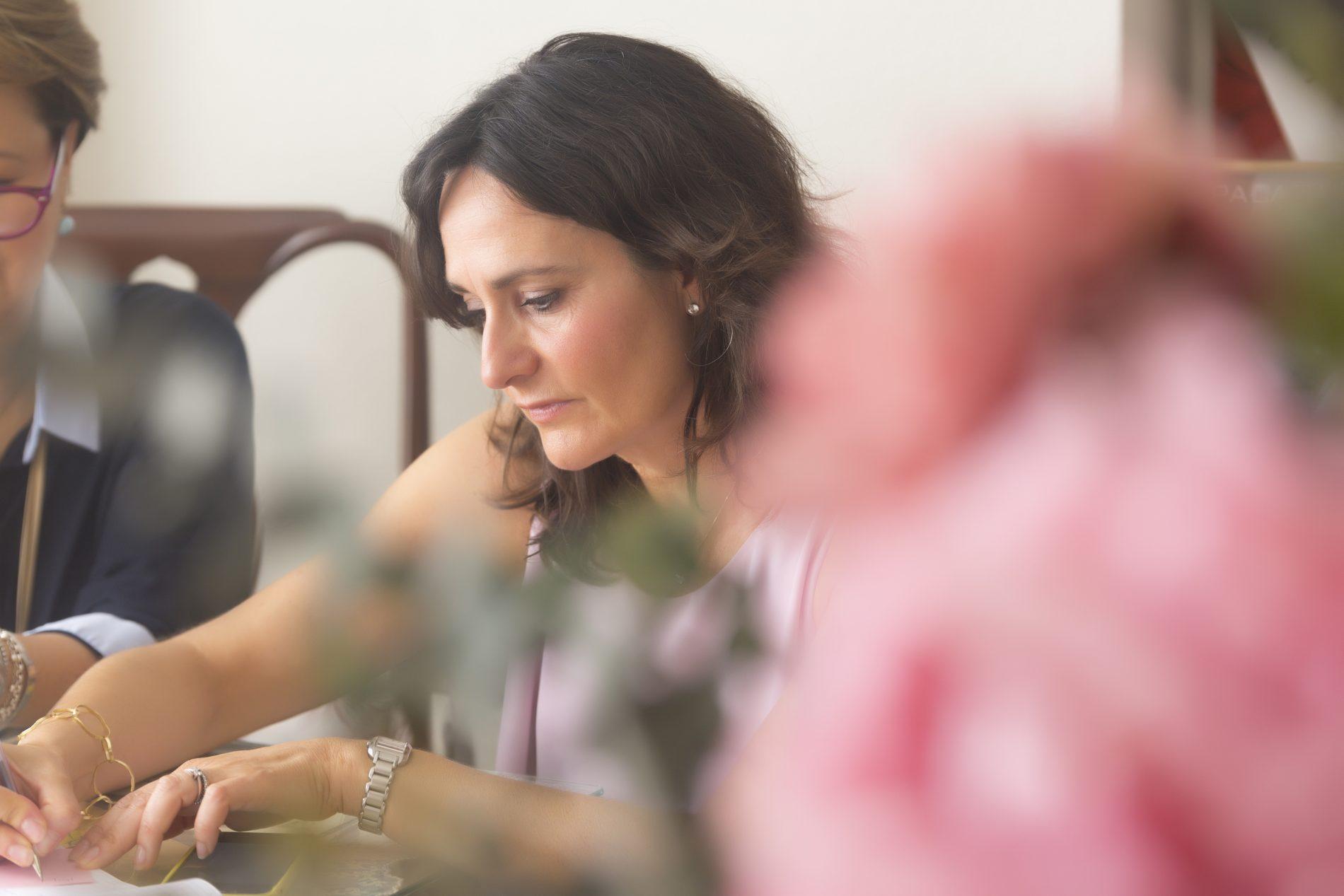 Cómo conocer y localizar a tu cliente potencial  - Mayte Carvajal - Woman Mentoring